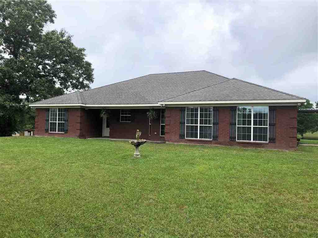 Photo of home for sale at 13703 Ashland Heights, Diana TX